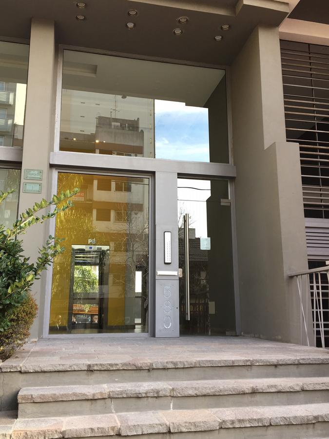 Foto Departamento en Alquiler en  Lomas De Zamora ,  G.B.A. Zona Sur  Colombres al 500