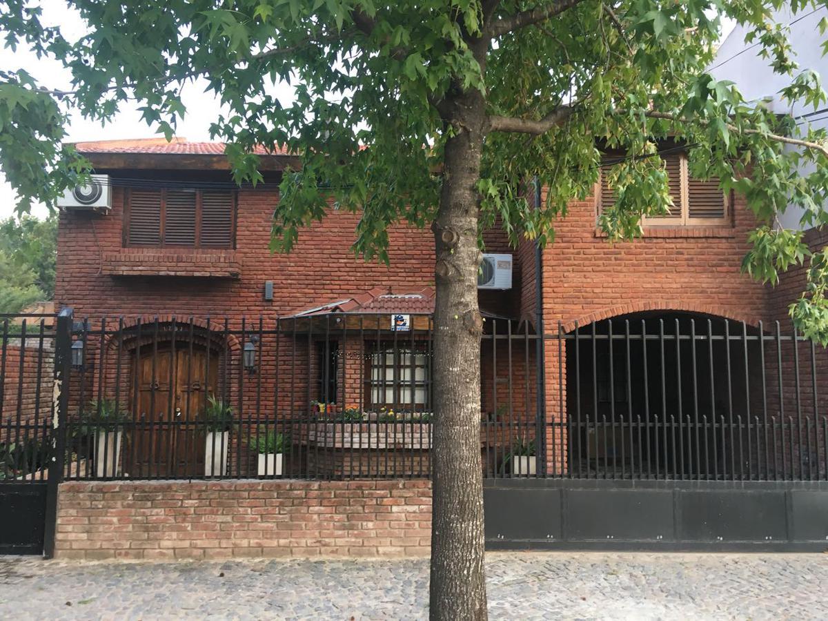 Foto Casa en Venta en  San Miguel ,  G.B.A. Zona Norte  Guemes al 1700
