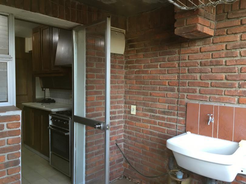 Foto Apartamento en Venta en  Carrasco ,  Montevideo  Excelente planta con renta!