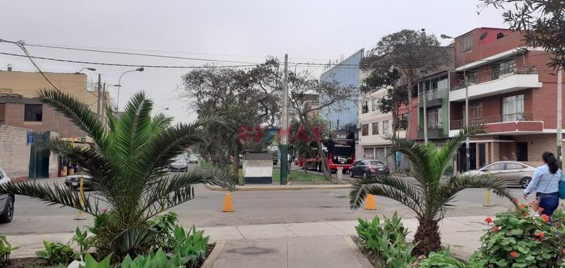 Foto Local en Venta en  La Victoria,  Lima  Av. Palermo Con Av. Mexico