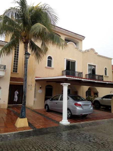 Foto Casa en Venta en  Supermanzana 17,  Cancún  Supermanzana 17