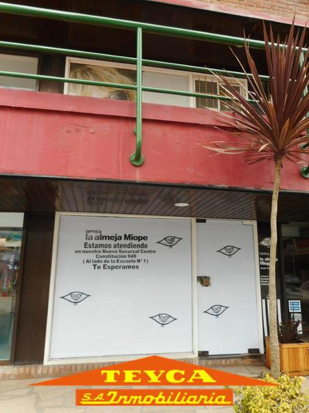 Foto Local en Venta en  Pinamar ,  Costa Atlantica  Av. Constitucion