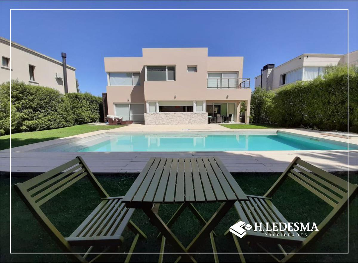 Foto Casa en Venta en  Rumenco,  Mar Del Plata  RUMENCO • LOS ALAMOS