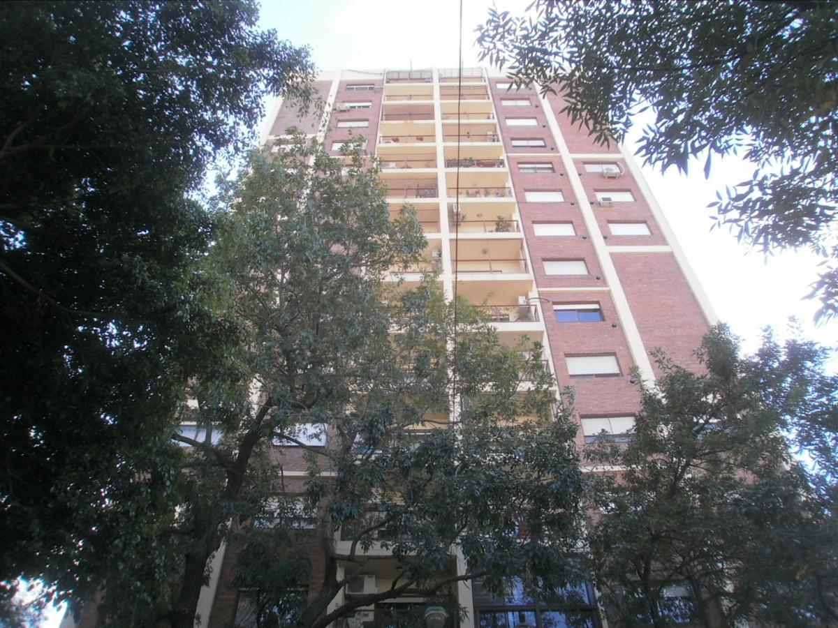 Foto Departamento en Venta en  Constitución ,  Capital Federal  RONDEAU N° al 1700