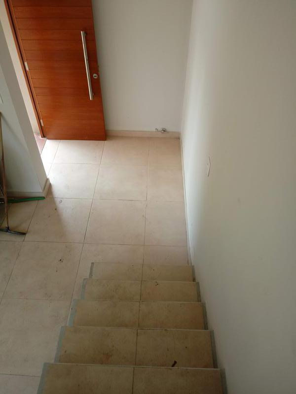 Foto Casa en Venta en  Yerba Buena ,  Tucumán          Leloir 650-Alt.  Av. Aconquija al 2800