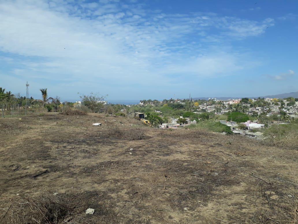 Foto Terreno en Venta |  en  Cruz de Huanacaxtle,  Bahía de Banderas  TERRENO BUCERIAS