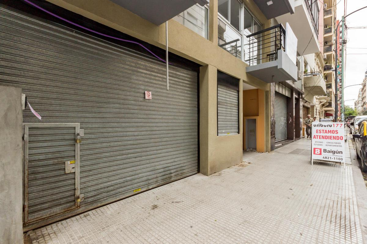 Foto Local en Venta en  Balvanera ,  Capital Federal  Uriburu y Perón