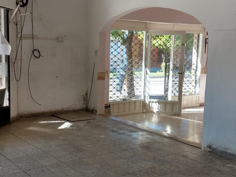 Foto Local en Alquiler en  Muñiz,  San Miguel  cornelio saavedra al 1800