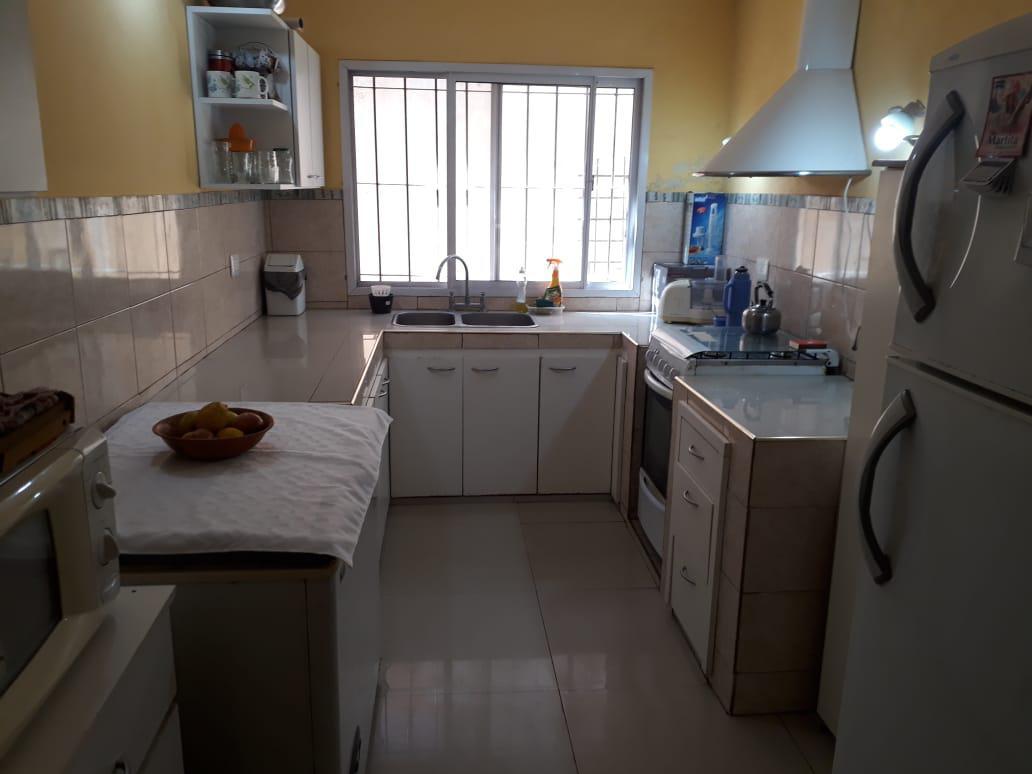 Foto Casa en Venta |  en  Merlo,  Merlo  Cardenas al 400