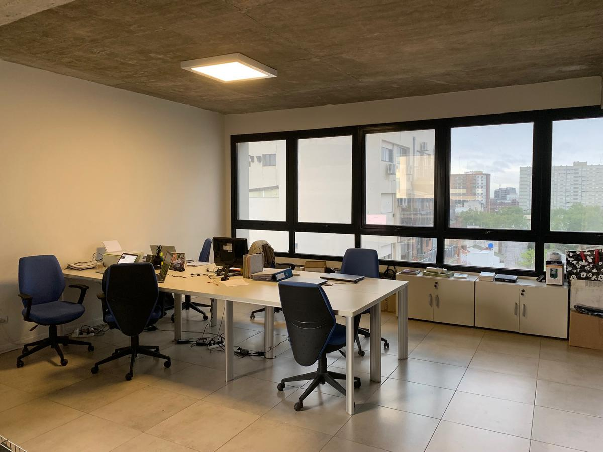 Foto Oficina en Alquiler | Venta en  Nuñez ,  Capital Federal          Av. Cabildo 4769 Semipiso