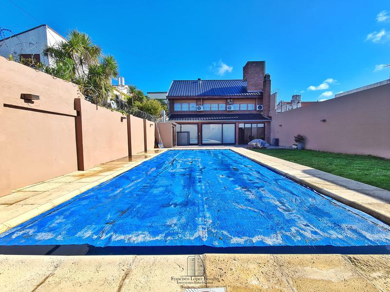 Foto Casa en Venta en  Chauvin,  Mar Del Plata  Vieytes al 2500