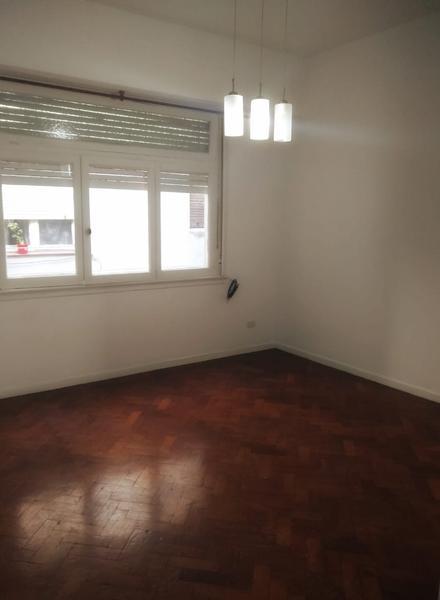 Foto Departamento en Alquiler en  Balvanera ,  Capital Federal  Alquiler 2 ambientes  - bajas expensas  - Anchorena al 800