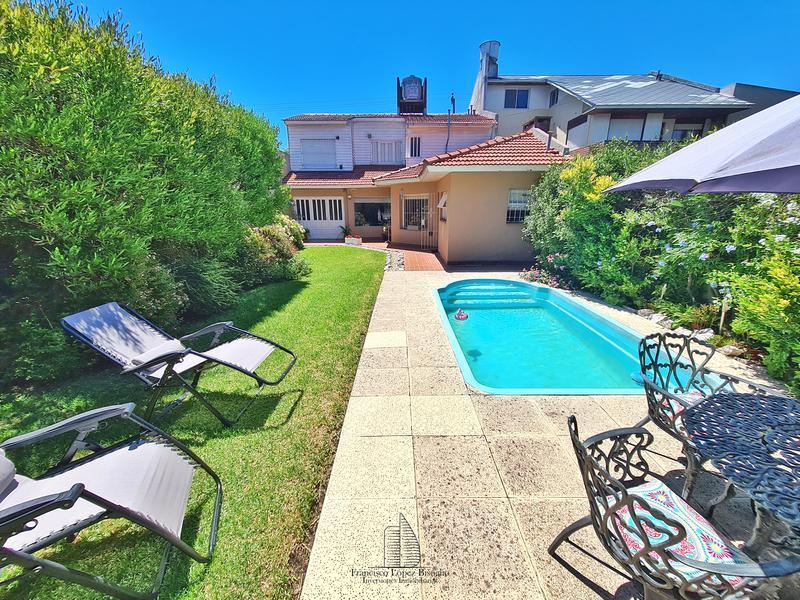 Foto Casa en Venta en  Villa Primera,  Mar Del Plata  Brandsen al 5400