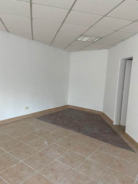 Foto Oficina en Alquiler en  Punta Chica,  San Fernando  Avenida del Libertador al 2000, Punta Chica