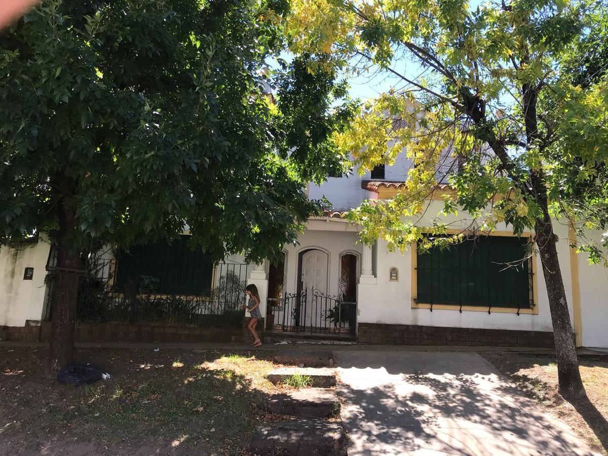 Foto Casa en Alquiler en  Don Torcuato,  Tigre  Buschiazzo al 1300