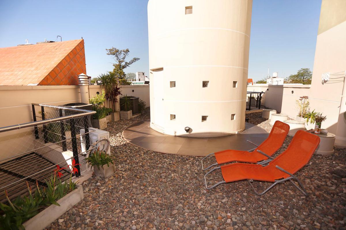 Foto Casa en Venta en  Flores ,  Capital Federal  Azul al 800