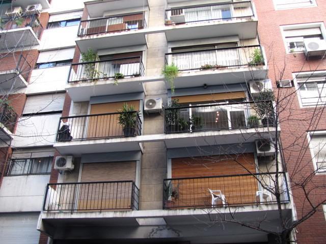 Foto Departamento en Venta en  Barrio Norte ,  Capital Federal  Azcuénaga al 1000 entre  Santa Fé y M. T. de Alvear