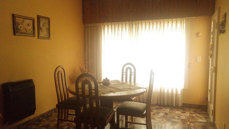 Foto Casa en Venta en  Tablada,  La Matanza  Anatole France al 2900