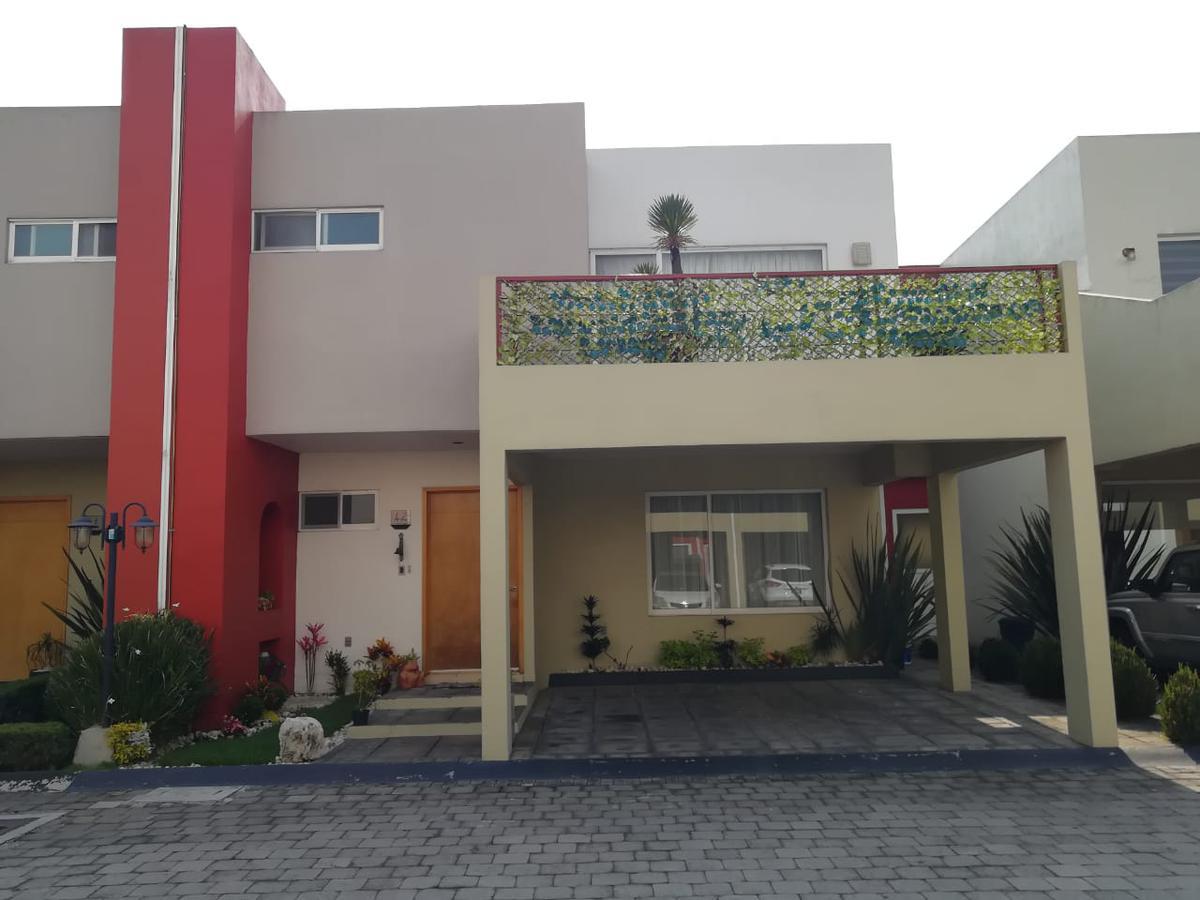 Foto Casa en condominio en Renta en  Metepec ,  Edo. de México  Casa en RENTA, Fraccionamiento Lomas de la Asunción , Metepec, Estado de México