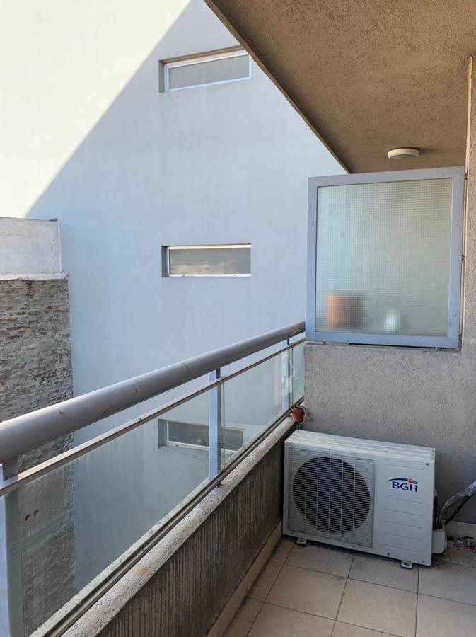 Foto Departamento en Venta en  San Telmo ,  Capital Federal  Estados Unidos al 900