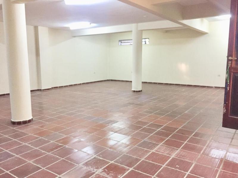 Foto Local en Alquiler en  Santo Domingo,  Lambaré  Zona Industria Nacional del Cemento INC