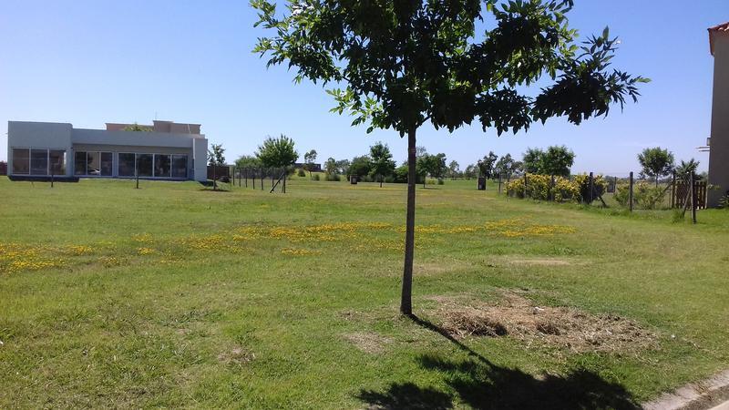Foto Terreno en Venta en  El Canton - Golf,  Countries/B.Cerrado (Escobar)  El Cantón - Golf al 200