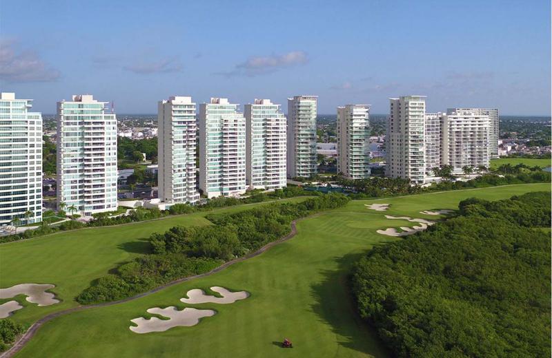 Foto Departamento en Venta en  Puerto Cancún,  Cancún  Axent by Isola. Departamento en Venta, 2  Recámaras. 153 m2. Av. Bonampak, Puerto Cancún