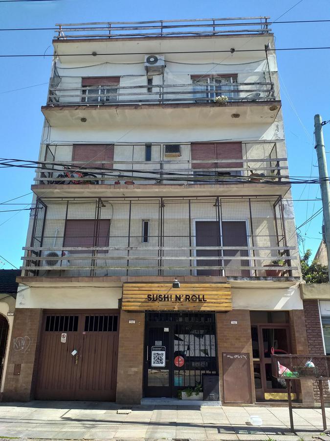 Foto Departamento en Alquiler en  Ramos Mejia Sur,  Ramos Mejia  Rosales al 700