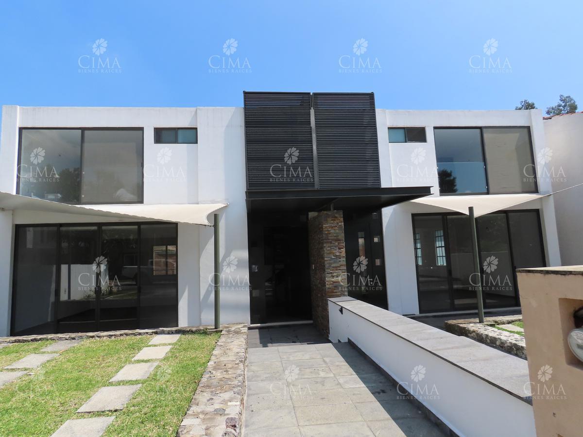Foto Casa en Venta en  Pueblo Ahuatepec,  Cuernavaca  VENTA MODERNA CASA A ESTRENAR CON SEGURIDAD EN AHUATEPEC - V202