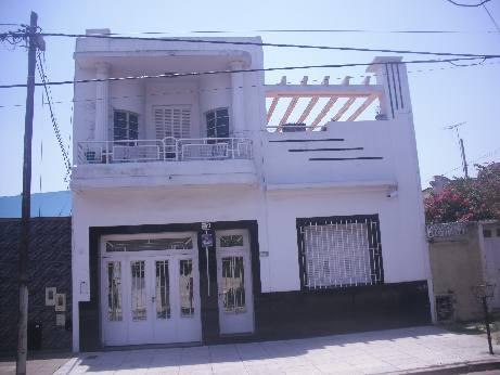 Foto Casa en Venta en  Piñeyro,  Avellaneda  MARIO BRAVO 1200