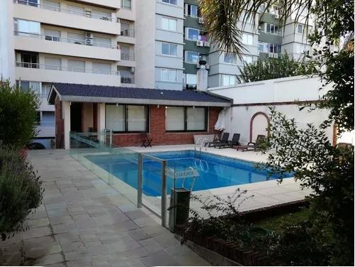 Foto Departamento en Venta en  Malvín ,  Montevideo          Frente al mar, piso 12, apartamento  sobre rambla Malvín