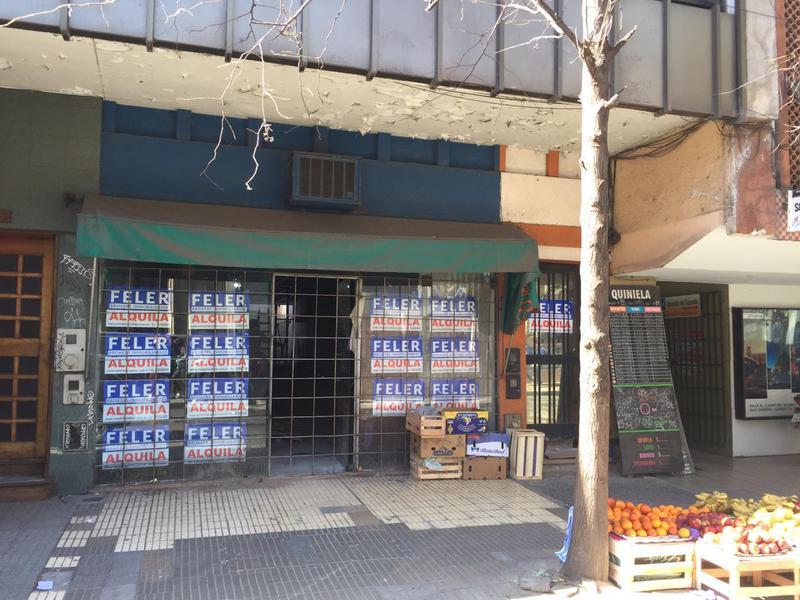 Foto Local en Alquiler en  Centro Norte,  San Miguel De Tucumán  Muñecas al 400