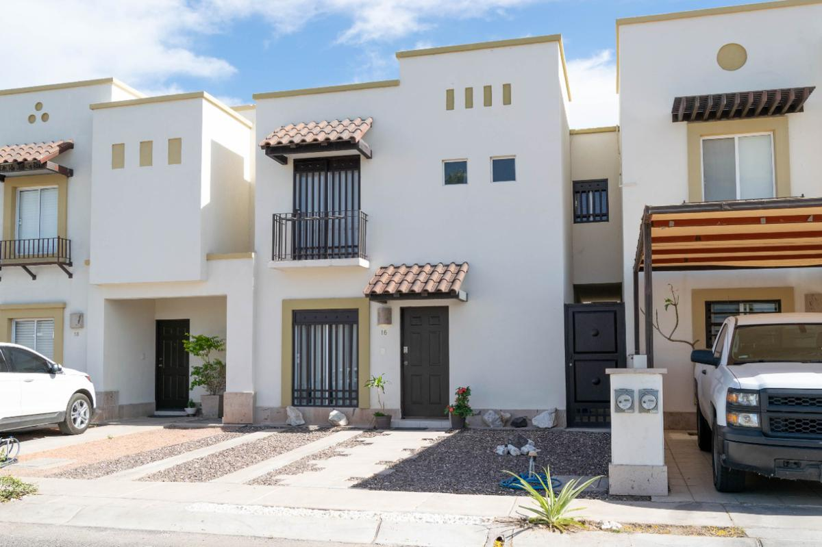 Foto Casa en Renta en  Las Provincias,  Hermosillo  CASA EN RENTA  EN PROVINCIAS SECCION SALAMANCA AL PONIENTE DE HERMOSILLO