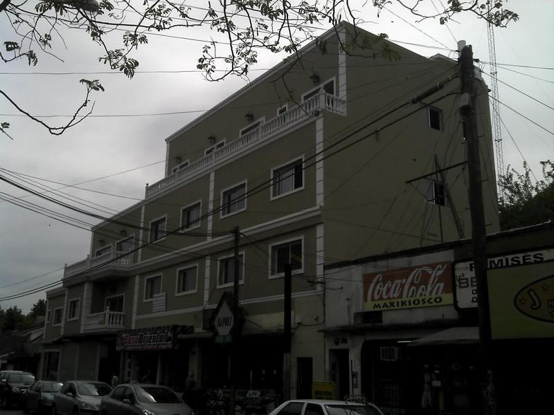 Foto Departamento en Alquiler en  Centro (Moreno),  Moreno     Dpto. Nº 5 - 1er. Piso -Edificio - Belgrano 100 - Moreno Norte