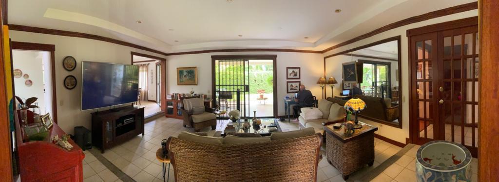 Foto Casa en condominio en Venta | Renta en  Santana,  Santa Ana  Lindora / Terreno 550 m2 / Condominio de lujo