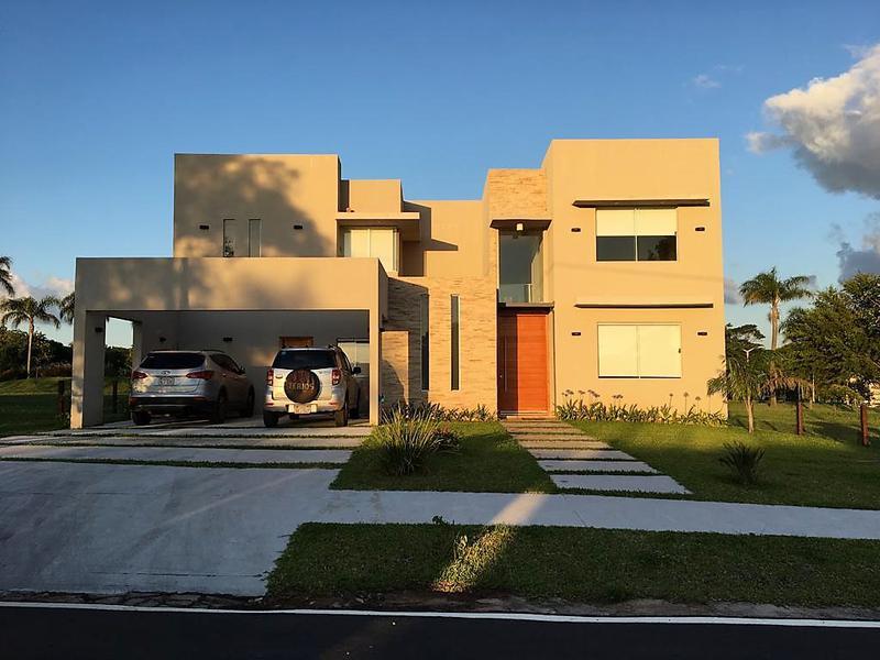 Foto Casa en Alquiler temporario en  San Bernardino,  San Bernardino  Ruta San Bernardino Altos, Condominio Aqua Village