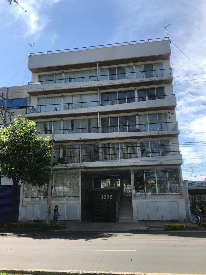 Foto Departamento en Renta en  Iztacalco ,  Ciudad de Mexico  Calzada de la Viga  No. 1225, Col. Militar Marte