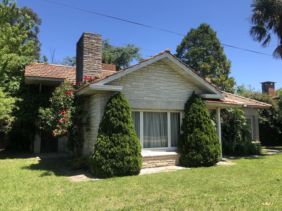 Foto Casa en Venta en  Villa Primera,  Mar Del Plata  Maipu al 6000