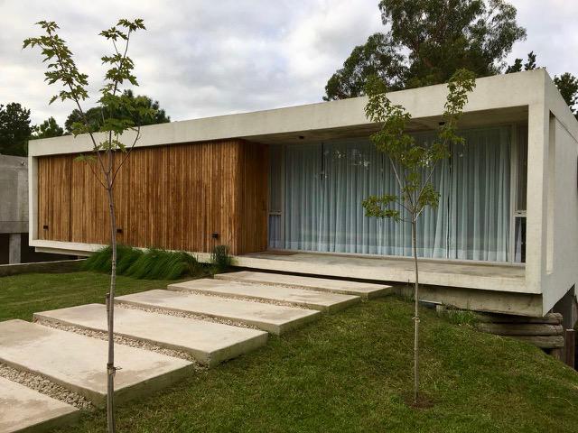 Foto Casa en Alquiler temporario en  Costa Esmeralda,  Punta Medanos  Deportiva 396