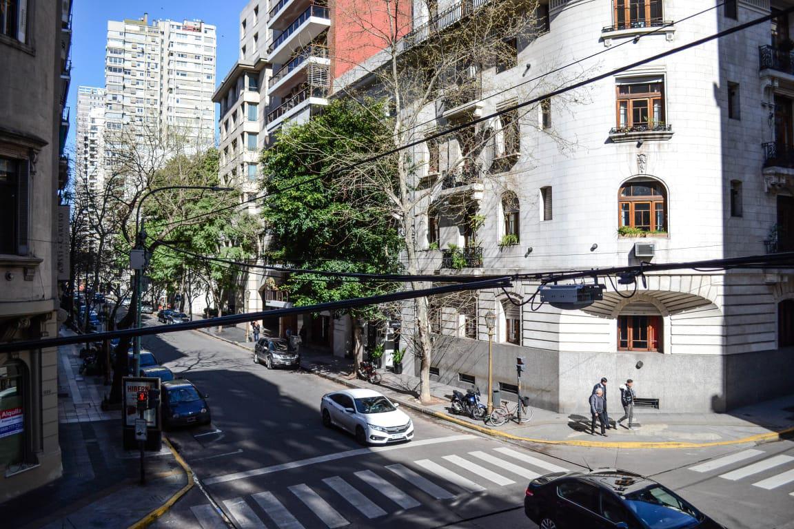 Foto Departamento en Venta en  Recoleta ,  Capital Federal  POSADAS 1415 - 1º 1