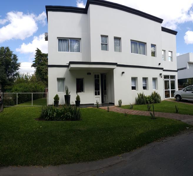 Foto Casa en Venta en  Altos Del Sol,  Countries/B.Cerrado  Horacio Quiroga 4901. Casa 325. Ituzaingo
