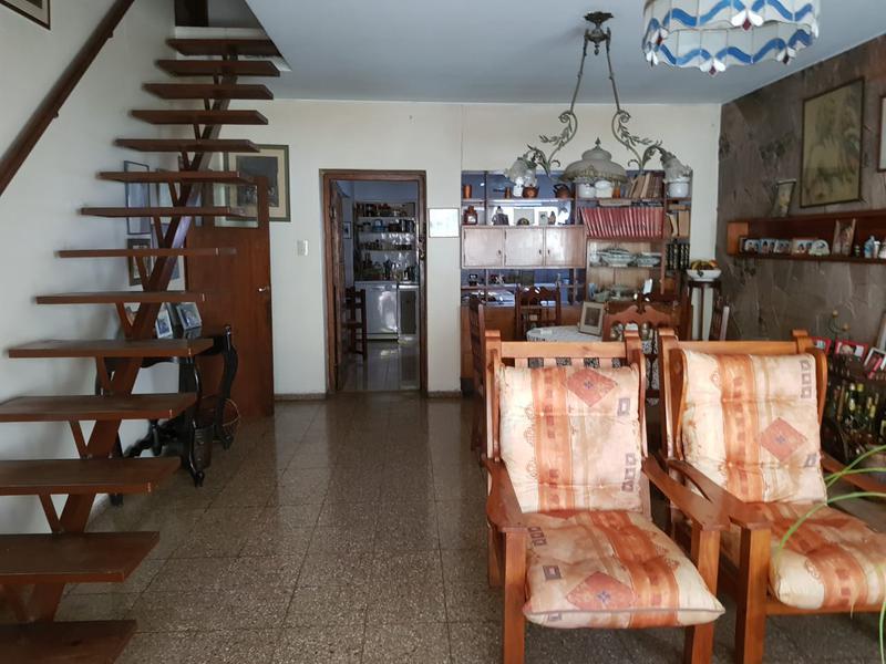 Foto Casa en Alquiler en  Lujan De Cuyo ,  Mendoza  Republica de Siria N° 400, Lujan