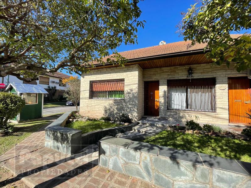 Foto Casa en Venta en  San Isidro ,  G.B.A. Zona Norte  Gorriti 210