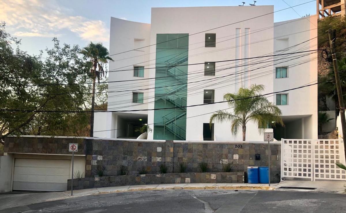 Foto Departamento en Venta en  Fuentes del Valle,  San Pedro Garza Garcia  DEPARTAMENTO EN VENTA FUENTES DEL VALLE