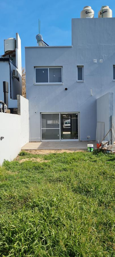 Foto Casa en Venta en  Funes ,  Santa Fe  Catamarca 2417
