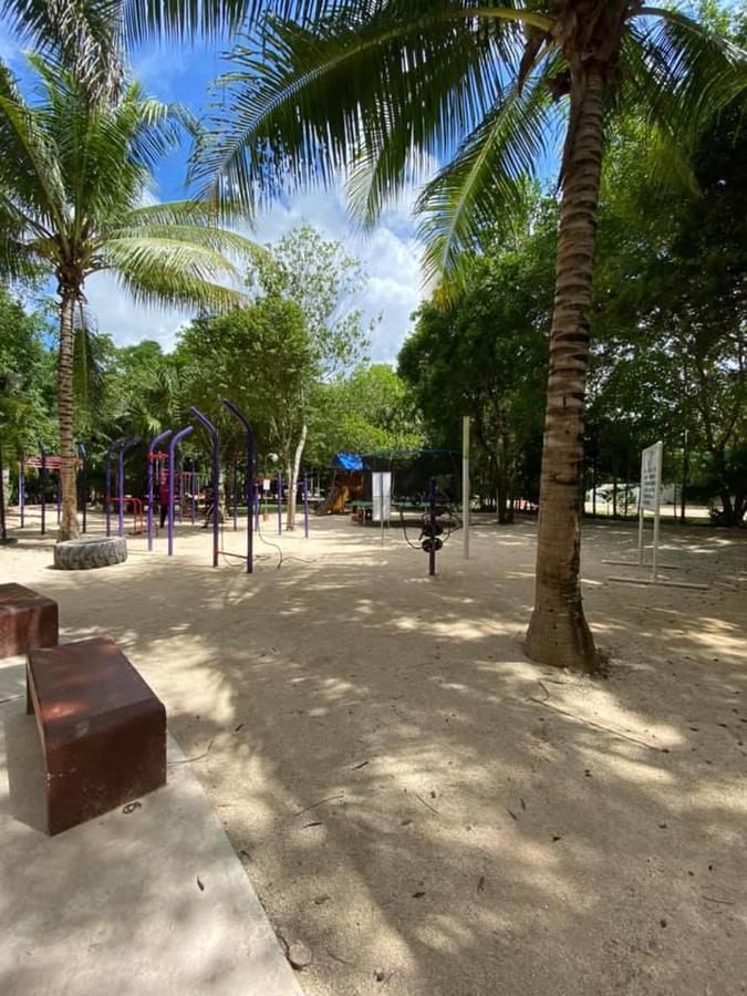 Foto Casa en Venta en  Arbolada,  Cancún  CASA EN VENTA EN CANCUN EN RESIDENCIAL ARBOLDA BY CUMBRES