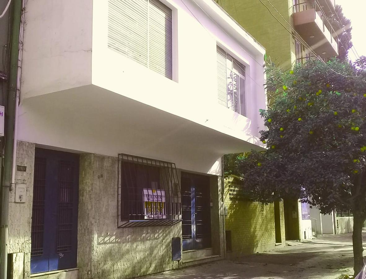 Foto Casa en Alquiler en  Capital ,  Tucumán  RIVADAVIA 900