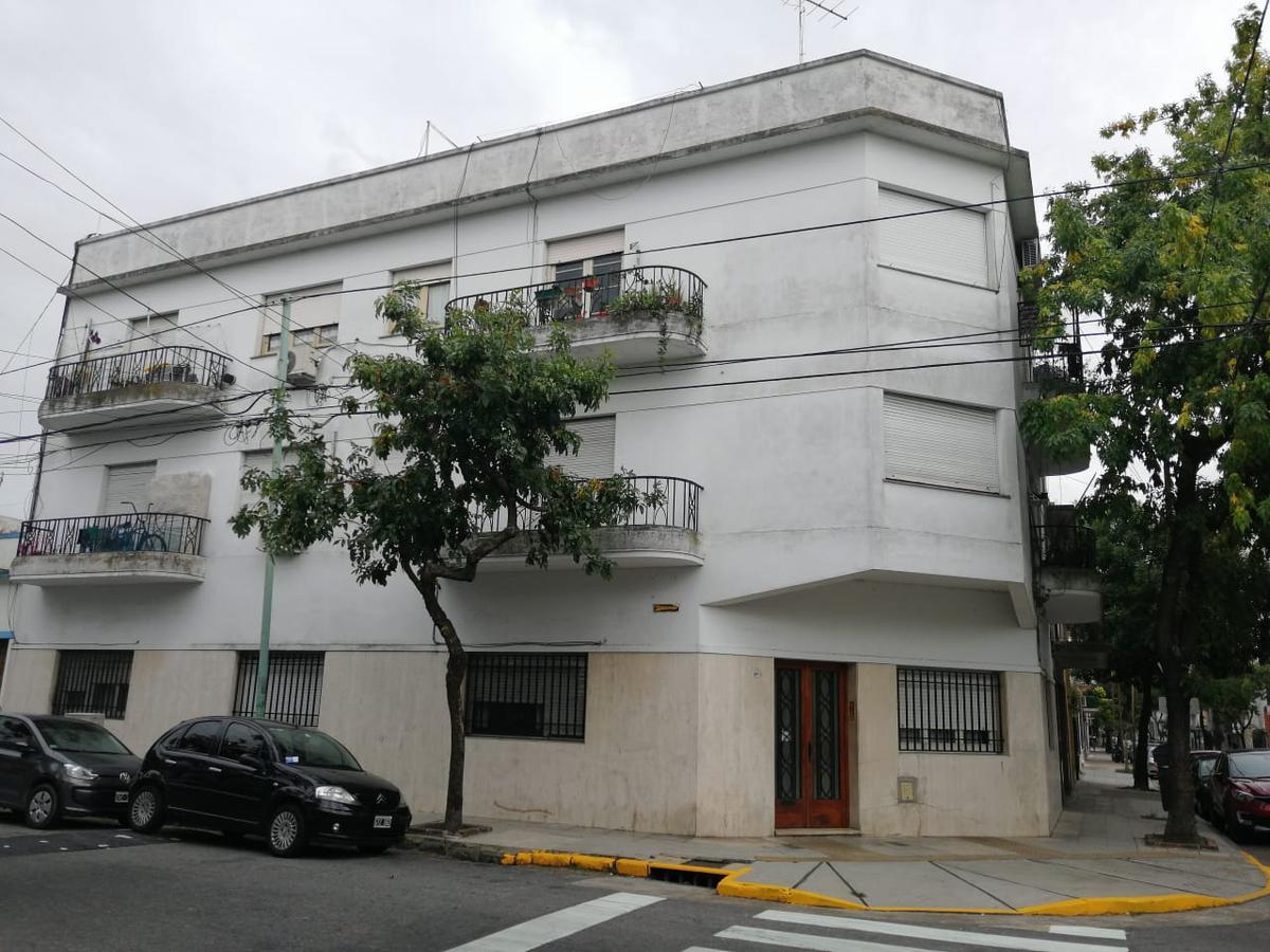 Foto Departamento en Venta en  Constitución ,  Capital Federal  PEDRO ECHAGUE al 1600