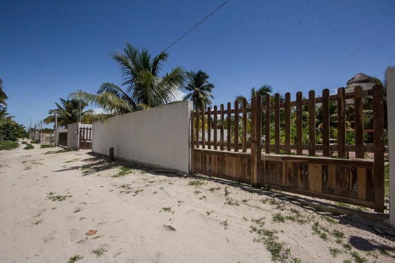 Foto Casa en Renta temporal en  Pueblo Chelem,  Progreso  Renta vacacional Villa Palmera en el Puerto de Chelem, Yucatán