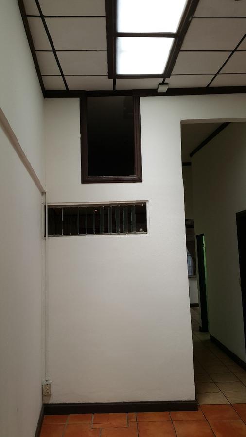 Foto Casa en Renta en  Escazu,  Escazu  Escazú / 1 planta / Independiente / Buena Iluminación